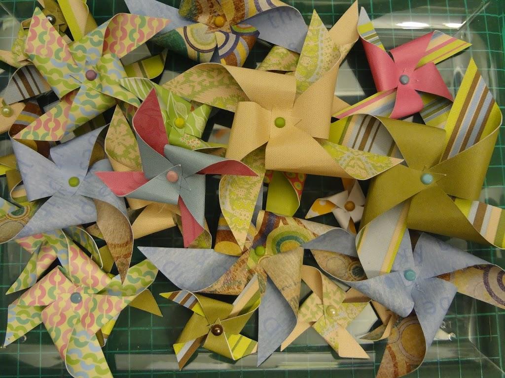 Как сделать ветряную мельницу из бумаги фото 531